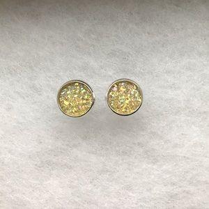 Beautiful Yellow Earring Set